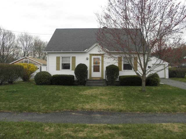 204 Phelps Ave, North Adams, MA 01247