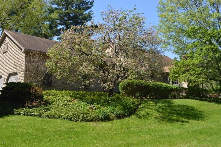 12 Bishop Estate