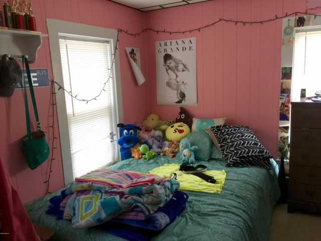 Apt 2 Bed 1