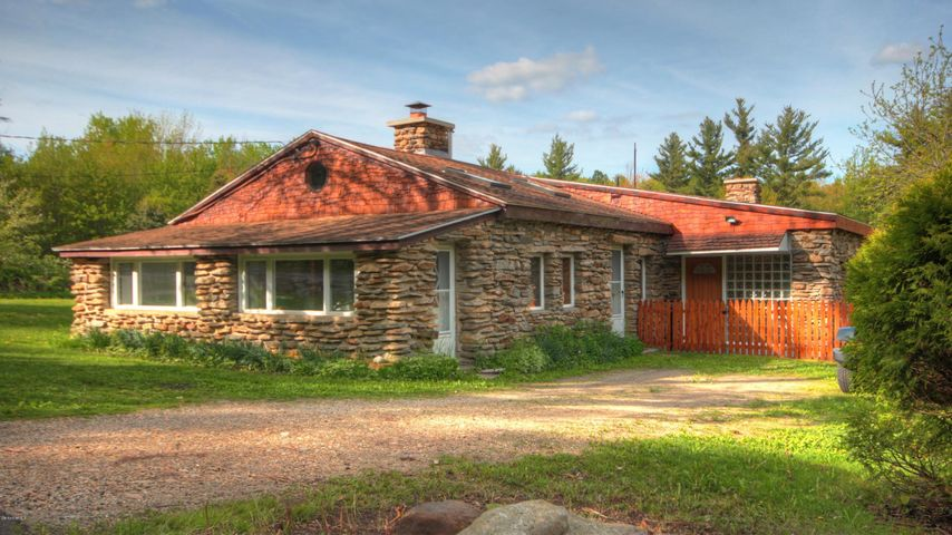 1193 Washington Mountain Rd, Washington, MA 01223