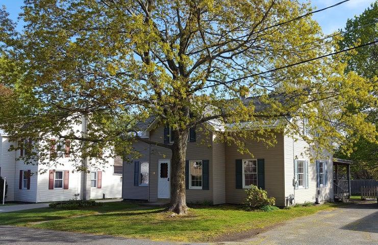 19 Centennial Ave, Dalton, MA 01226