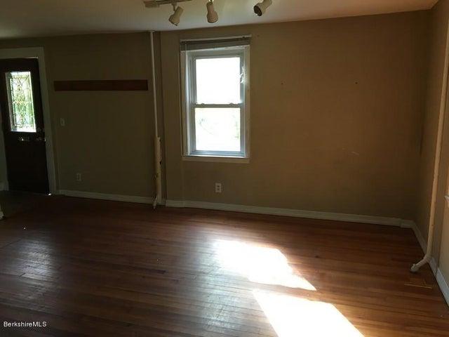 251-314409 Left Unit Living Room 3