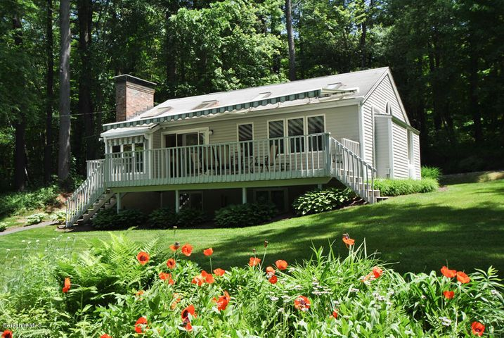 64 Lenox Rd, West Stockbridge, MA 01266