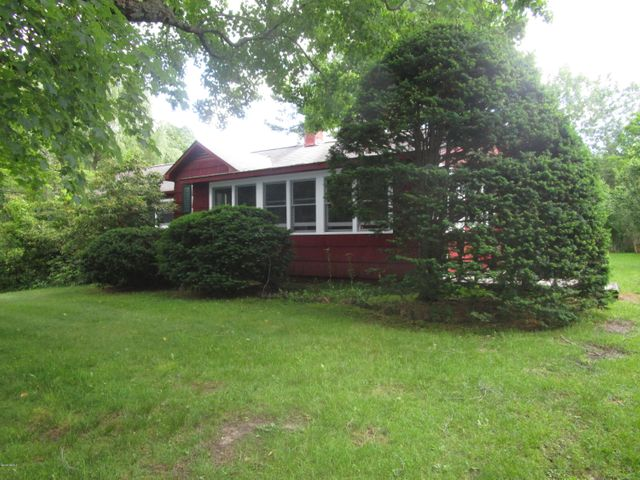 39 Farm View Rd, Sheffield, MA 01257