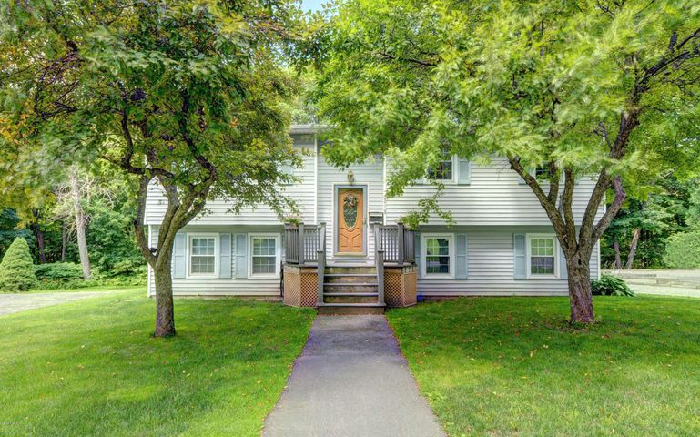 219 Brown St, Pittsfield, MA 01201