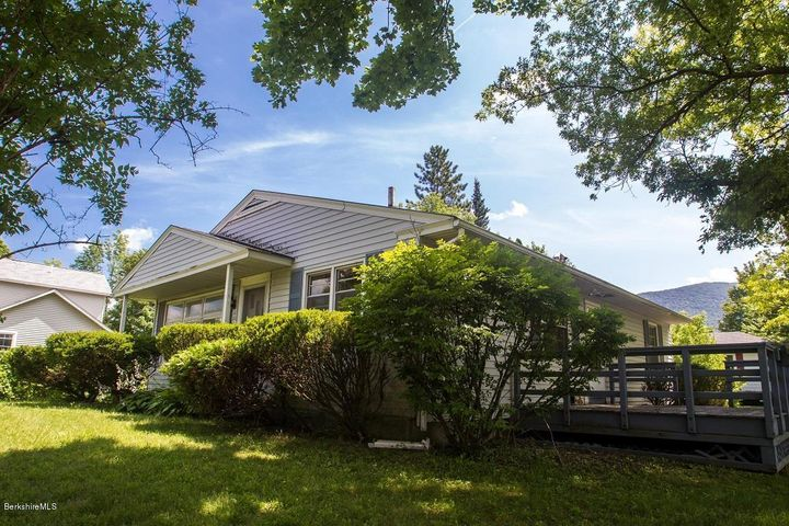 6 Hamel Ave, Williamstown, MA 01267