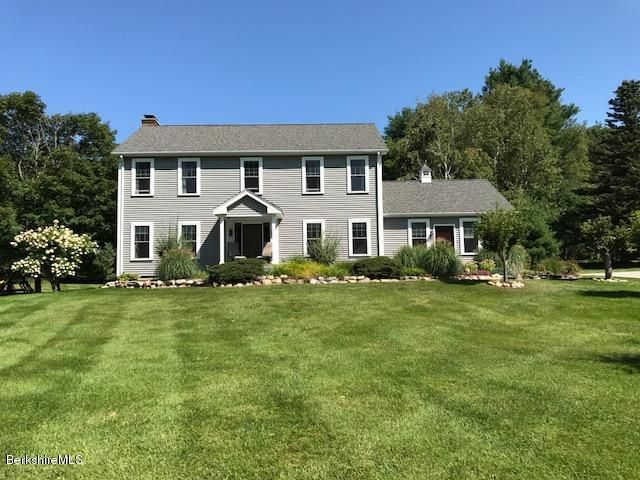 697 Henderson Rd, Williamstown, MA 01267