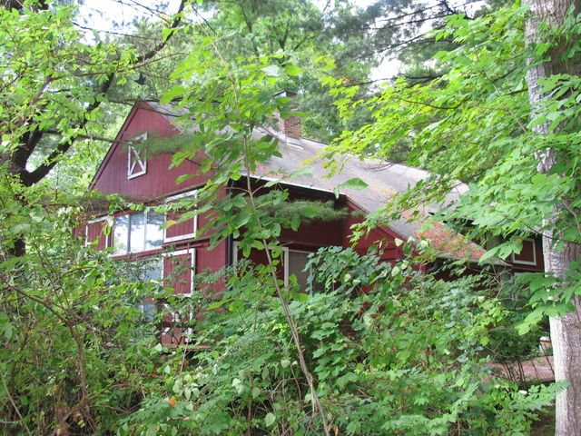 20 Maple View Dr, West Stockbridge, MA 01266