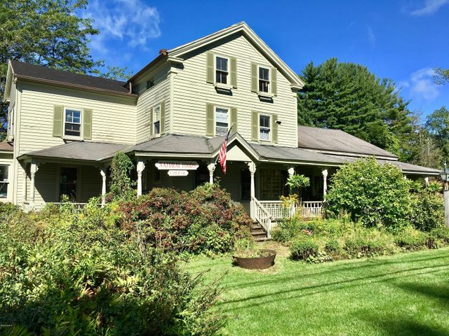 265 Stockbridge Rd, Great Barrington, MA 01230