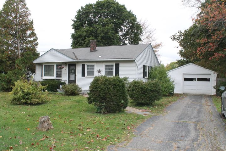 36 Evelyn St, Dalton, MA 01226