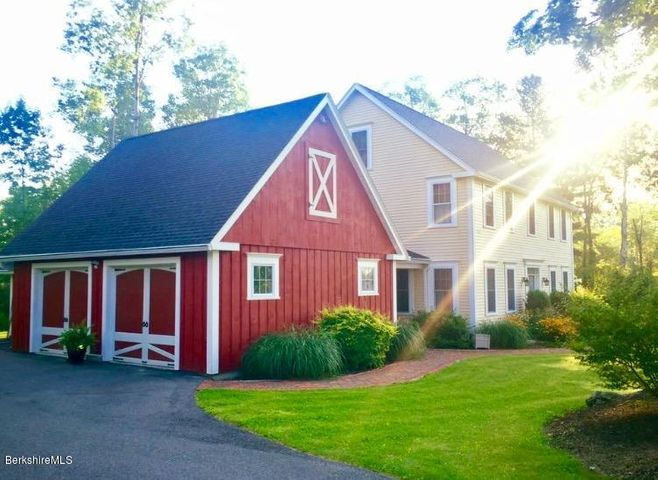 412 Gale Ave, Pittsfield, MA 01201
