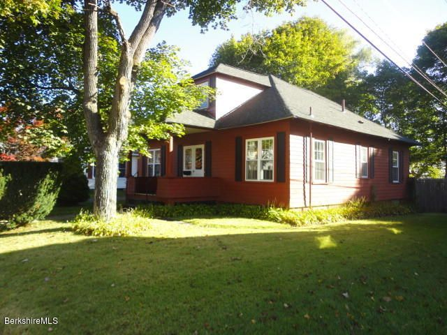 43 Mckinley Ter, Pittsfield, MA 01201