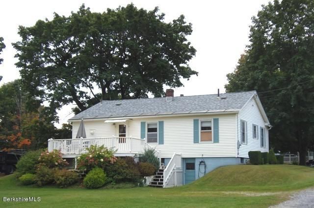 3BR, 1BA ranch in move-in ready & exceptional condition!