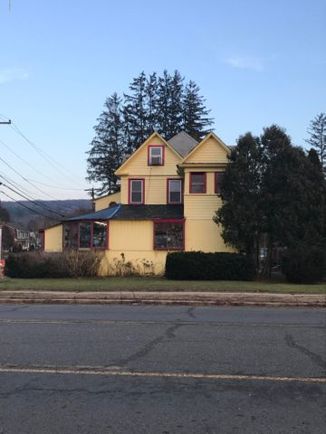 232 Stockbridge Rd, Great Barrington, MA 01230