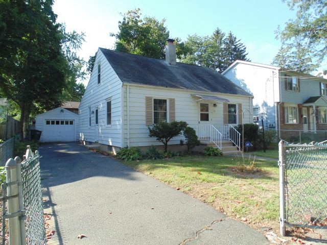 111 San Miguel St, Springfield, MA 01104