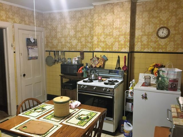 166 kitchen
