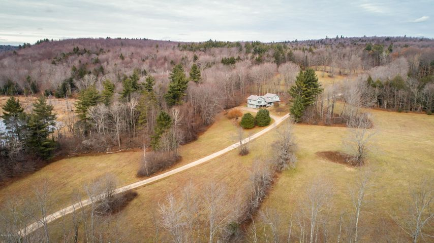 385 Johnson Hill Rd, Washington, MA 01223