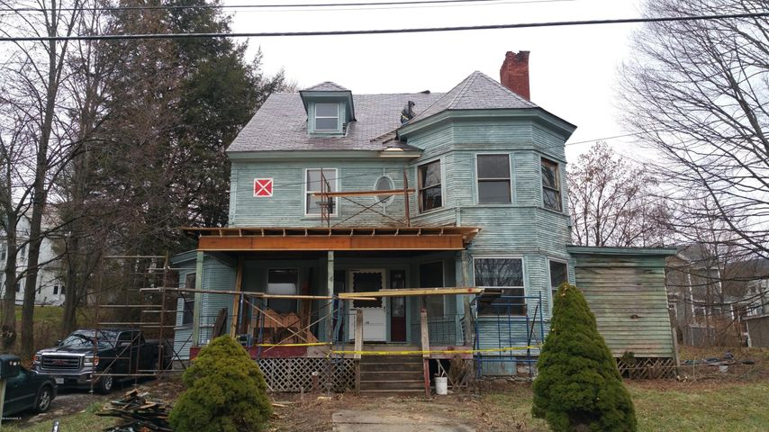 Victorian with MASSIVE POTENTIAL