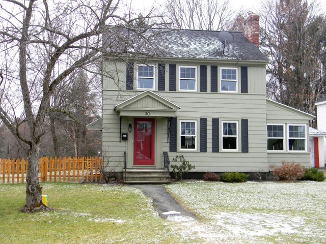 20 Chester St, Pittsfield, MA 01201