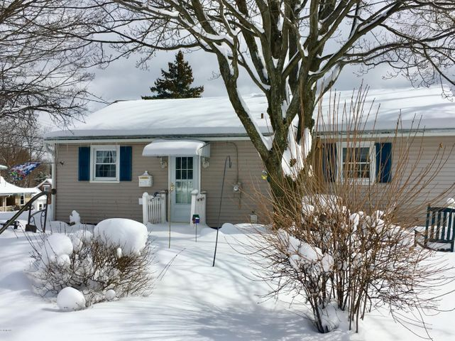 The original owner has lovingly maintained and updated this one level living property. Move right in!
