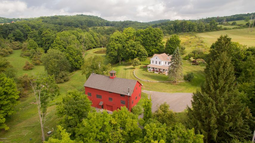 153 Two Town Rd, Hillsdale, NY 12529