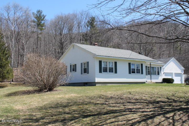 35 Stockbridge Rd, West Stockbridge, MA 01266
