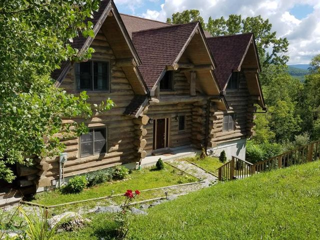 61 Cobble View Rd, Williamstown, MA 01267