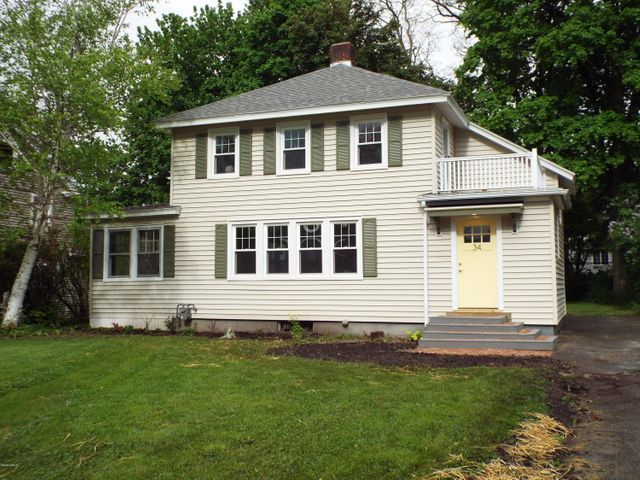 34 Revere Pkwy, Pittsfield, MA 01201