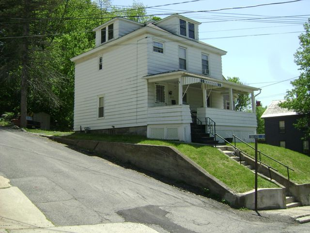 52 Veazie St, North Adams, MA 01247