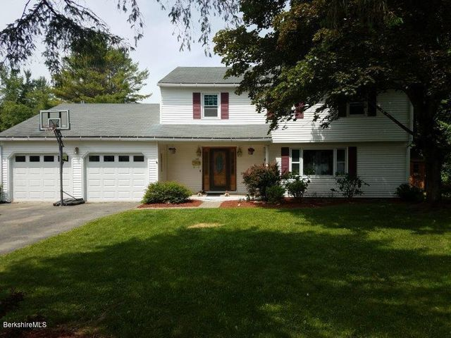140 Alfred Dr, Pittsfield, MA 01201