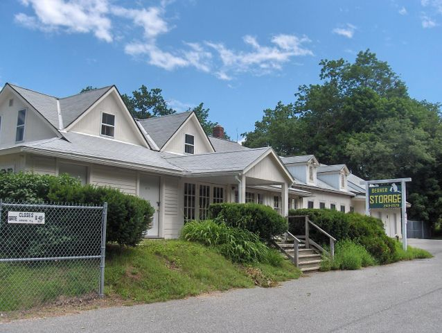 1455 Cape St, Lee, MA 01238