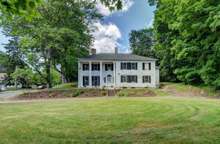 54 Castle St, Great Barrington, MA 01230