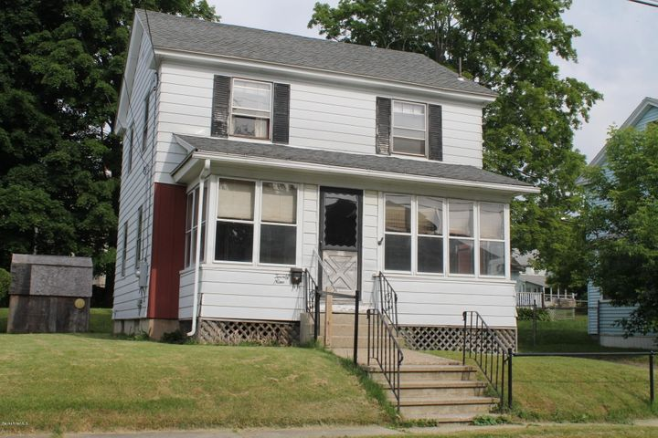 29 Alden Ave, Pittsfield, MA 01201