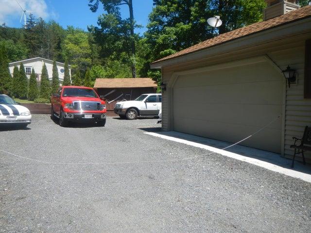 Attached 2 car garage