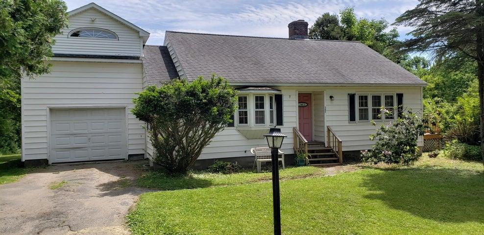 305 Main St, Plainfield, MA 01070