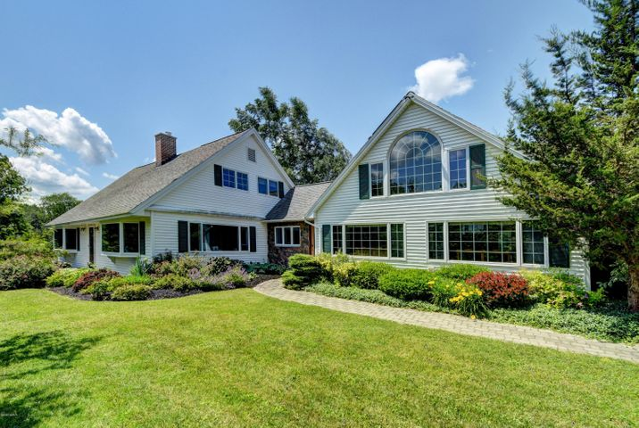193 Outlook Ave, Cheshire, MA 01225