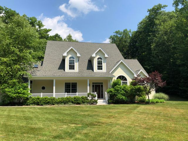 350 Sweet Farm Rd, Williamstown, MA 01267