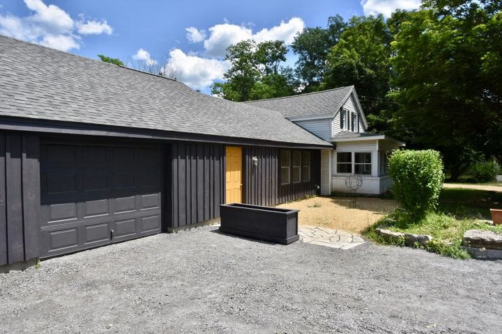 218 North Plain Rd, Great Barrington, MA 01230