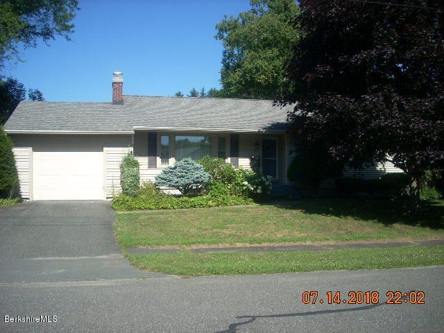 10 Dan Ave, Pittsfield, MA 01201