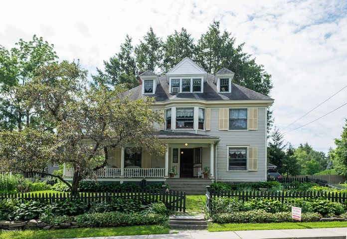 67 Taconic Ave, Great Barrington, MA 01230