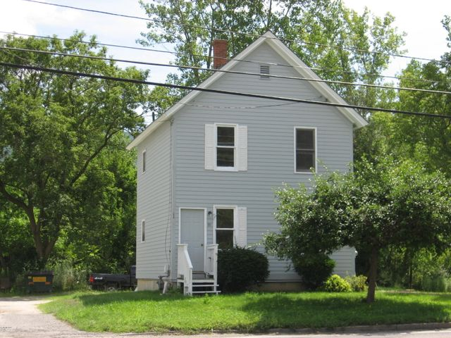 81 Howland Ave, Adams, MA 01220
