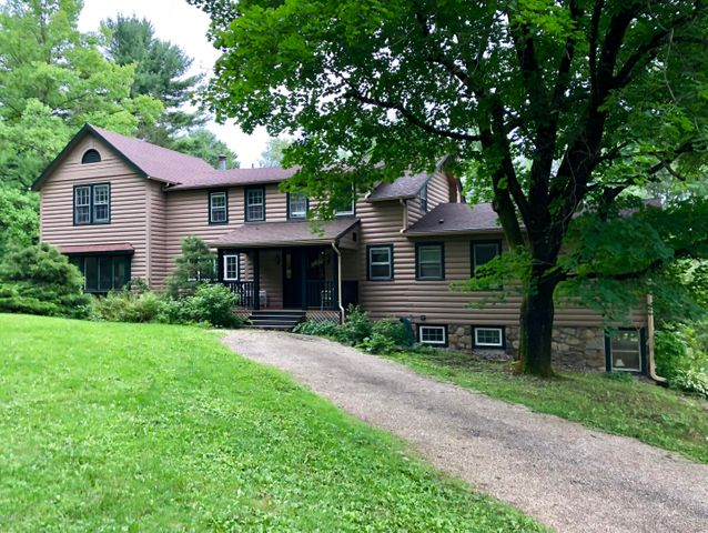 215 Long Pond Rd, Great Barrington, MA 01230