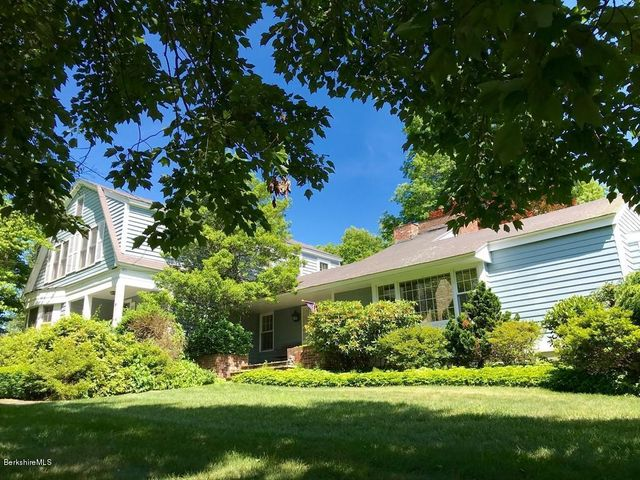 9 Hillside Rd, Montague, MA 01351