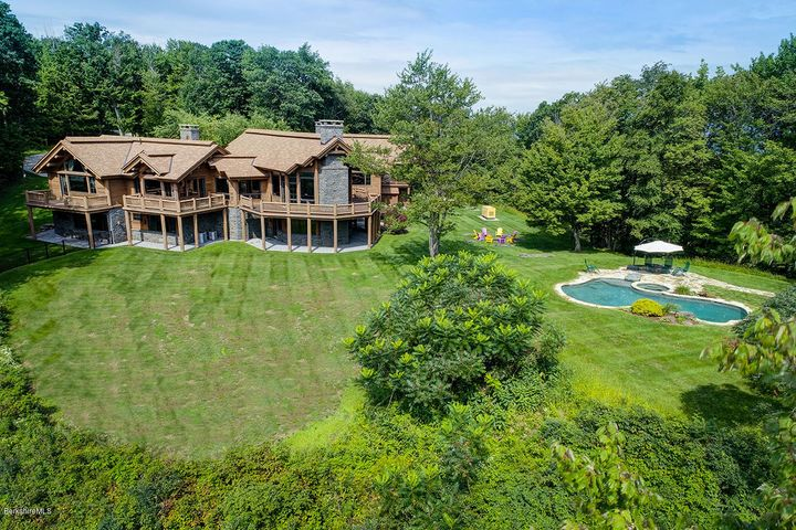 115 Purple Mountain Pass Rd, Williamstown, MA 01267
