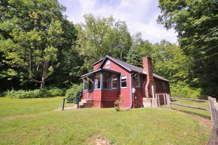 35 Monument Valley Rd, Great Barrington, MA 01230