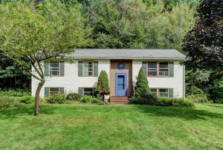 1720 Home Rd, Sheffield, MA 01257