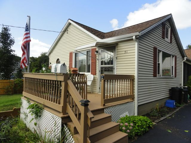 51 Broadview Ter, Pittsfield, MA 01201