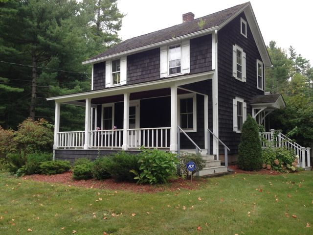 42 East St, Stockbridge, MA 01262