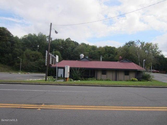 660 Cheshire Rd, Lanesboro, MA 01237