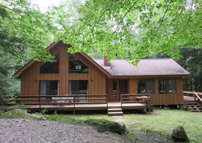 316 Tamarack Trail, Sandisfield, MA 01255